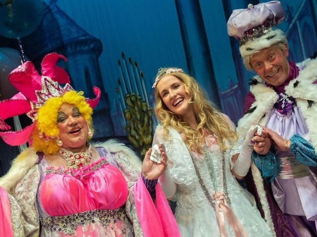 Review: Sleeping Beauty pantomime at Stockport Plaza