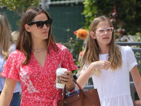 Jennifer Garner & Ben Affleck Get Dressed Up With Their Kids For Easter Service As A Family — Pics
