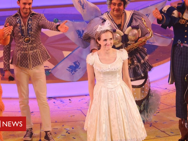 Panto panic: Theatre boss rescues panto by playing leading lady