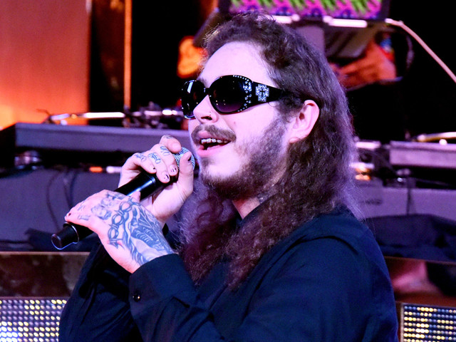Post Malone Scores First Hot 100 Number One with 'Rockstar'