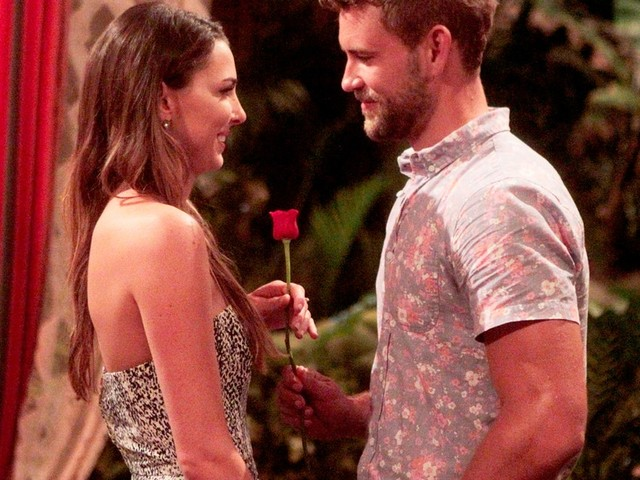 What Happened To Jen On 'Bachelor In Paradise' Season 3? Nick Viall's Ex Is Back