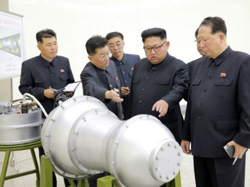 China to send envoy to N. Korea, Trump hails 'big move'