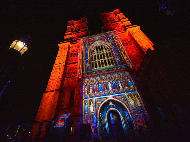 Cheaper entry to Westminster Abbey during Lumiere London