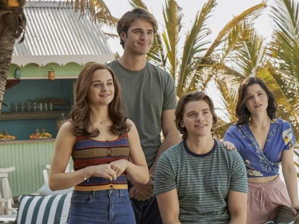 Where was Kissing Booth 3 filmed? The Beach House & the Waikiki Waves Park