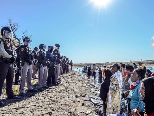 Open thread for night owls: Iraq war PR alums led effort to smear Dakota Access Pipe Line foes