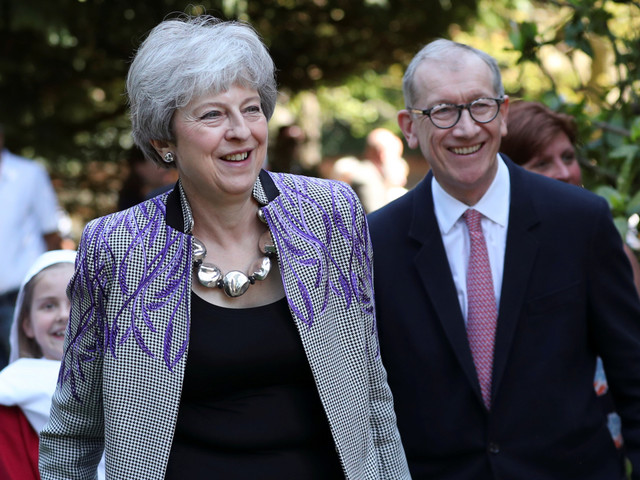 Theresa May could abandon talks with Labour and hold a FOURTH Commons vote on her Brexit deal next week instead