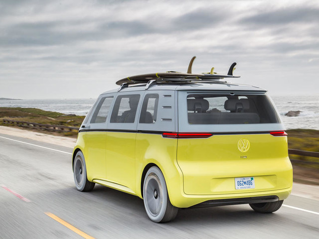Volkswagen to put Microbus-inspired ID Buzz electric car into production