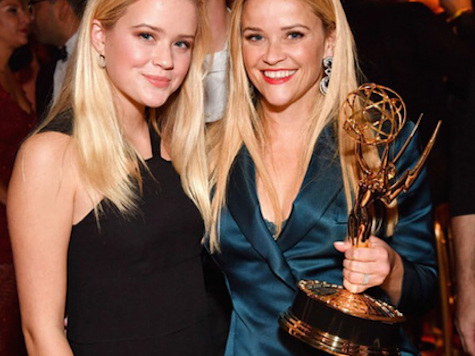Reese Witherspoon & Ava: Emmys Smiles