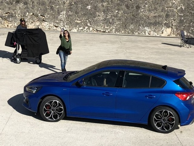 Spied! Ford Focus Caught Completely Undisguised in Portugal