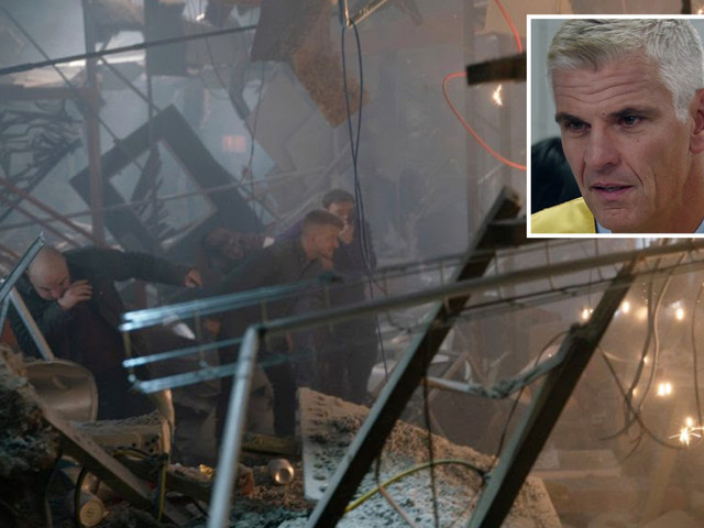 Coronation Street fans convinced Robert Preston is behind fatal factory collapse after suspicious disappearance on last night's show
