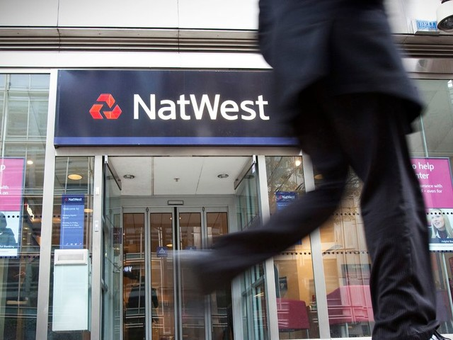 BREAKING Natwest banking app down: Customers frustrated after being unable to log in to accounts