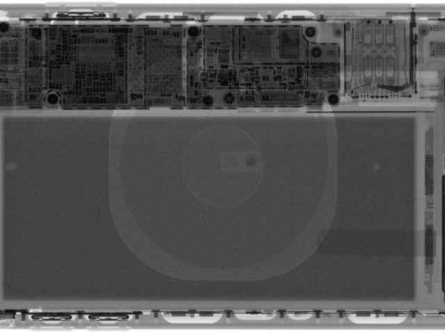 iFixit Gives Us a Peek Inside iPhone XR With New Teardown