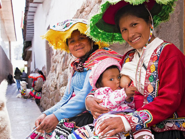 Incredible Photos Celebrate Breastfeeding Mums Around The World