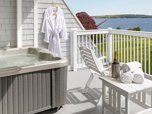 12 of the best hotels in the US with sumptuous in-room hot tubs for every budget