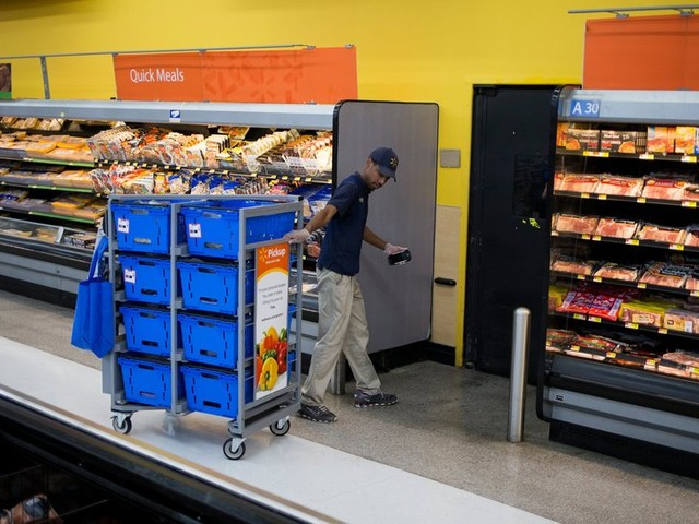 Walmart Puts Its Eggs in a Time-Saving Basket: Grocery Pickup