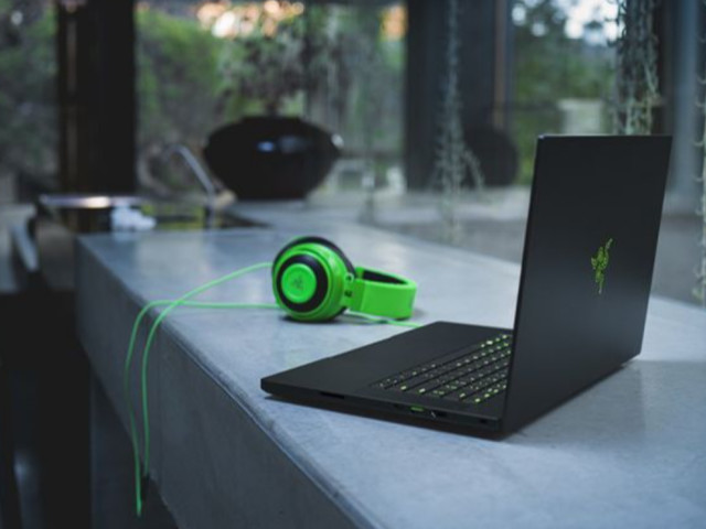 Save almost $1,000 on the Razer Blade Advanced, plus more laptop deals