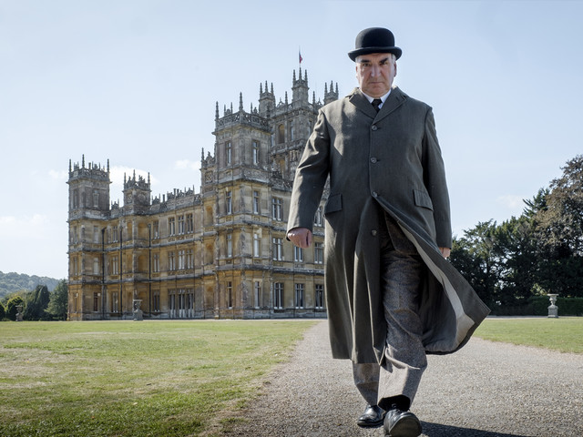 'Downton Abbey' Movie Trailer: The Crawleys Are Back