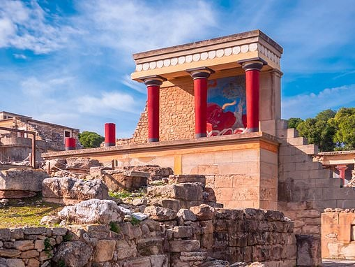 Minoans were wiped out 3,500 years ago by the devastating volcanic eruption of Thera