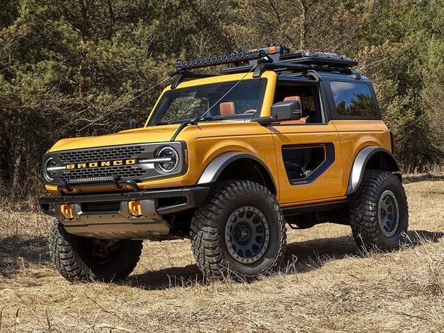 2021 Ford Bronco vs. Jeep Wrangler Rubicon: Comparing specs - Roadshow