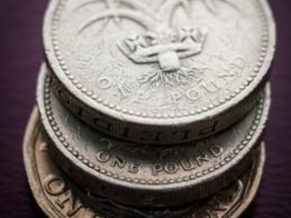 Time running out to offload old £1 coins