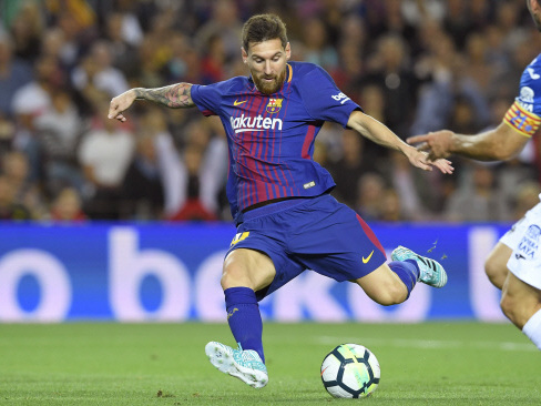 Messi hat-trick ensures Barca pounce on Madrid stumble