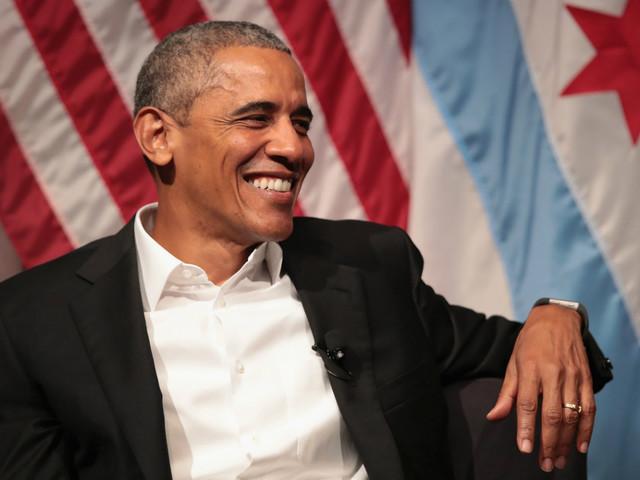 Barack Obama breaks Twitter record for most popular tweet