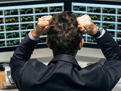 What should investors do as global market turmoil strikes again?