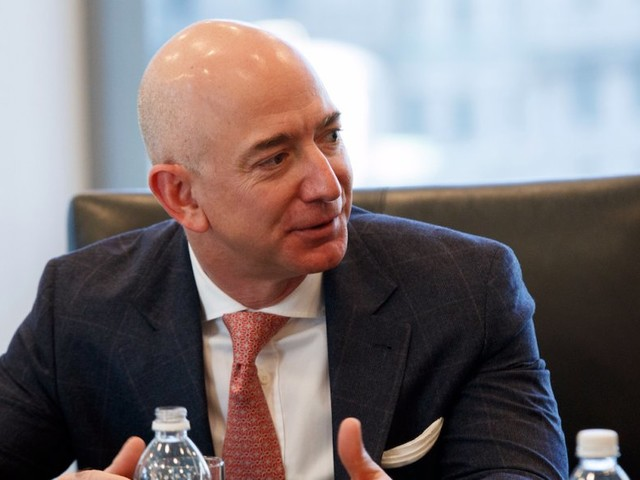 Amazon can alter the course of history for these 7 companies (AMZN, PYPL, AAOI, MA, V, PLD, IP, JNPR)