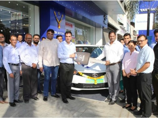 Tata Motors Partners With Aaron Travels To Deploy Tigor EVs In Mumbai