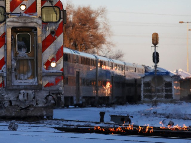 It's gotten so cold in Chicago that workers are setting the train tracks on fire to keep them from fracturing