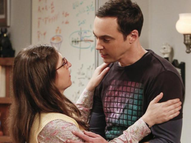 Mayim Bialik Warns Fans To 'Grab A Tissue' For 'The Big Bang Theory' Season 10 Finale