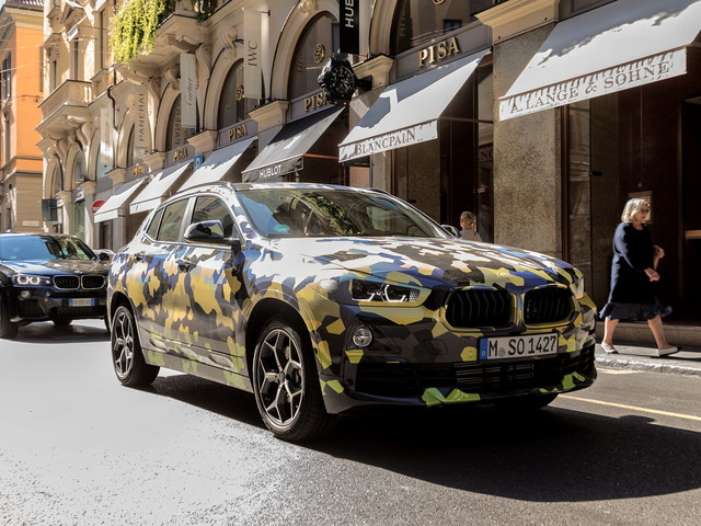 Camouflaged BMW X2 goes to the Milano Fashion Show