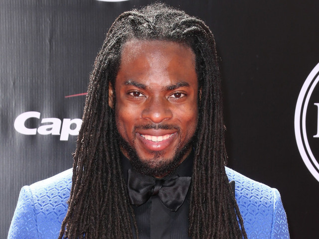 Richard Sherman Follows Through On Promise To Fund Student's College Tuition