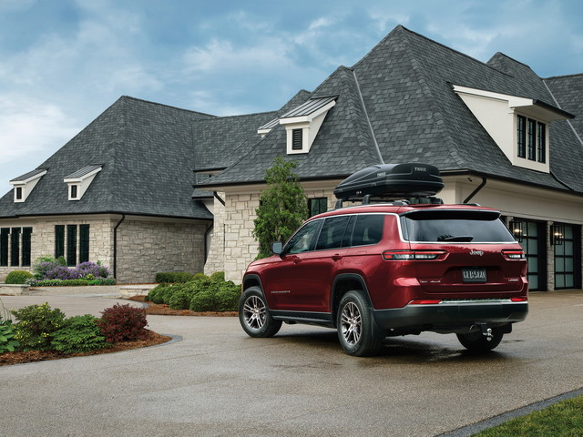 Mopar Touches the Jeep Grand Cherokee L, Official Accessories Now on Sale