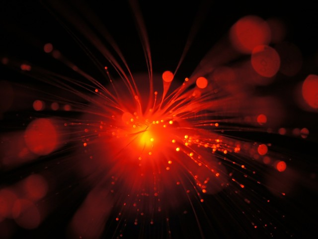 Study shows what happens when ultrafast laser pulses, not heat, cause a material to change phase