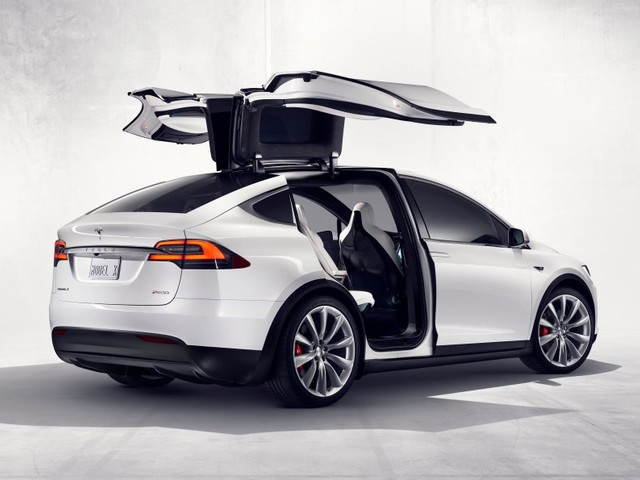 Tesla recalled 11,000 Model X SUVs — and it shows how the company is leading the industry (TSLA)