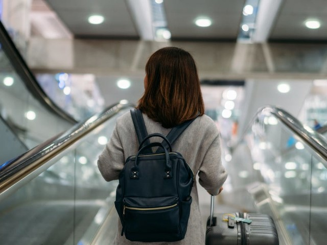 Using points or miles for holiday travel can be tricky, but 5 strategies can help you stretch your rewards as far as they can go