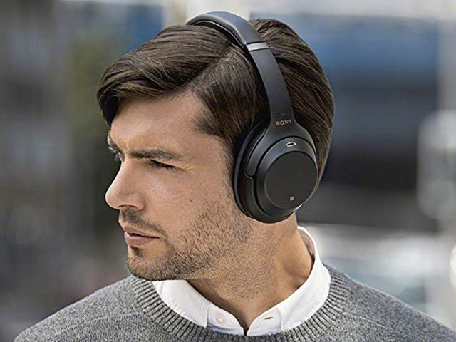 Sony makes the best noise-cancelling headphones you can buy, and they're $80 off right now