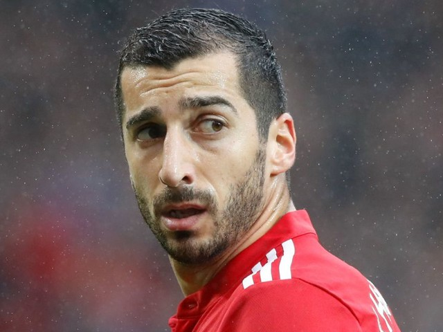 Arsene Wenger immediately admits where Henrikh Mkhitaryan fails to match up to Alexis Sanchez