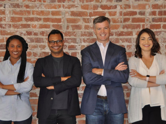AppDynamics founder Jyoti Bansal and longtime VC John Vrionis are now taking applications for their new accelerator program