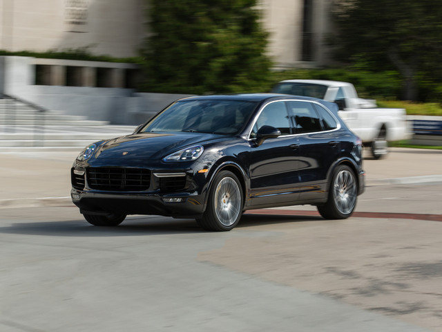 2017 Porsche Cayenne Turbo S Tested: Going Viral