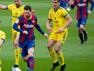 Barcelona held 1-1 by Cádiz; Messi record 506th league game