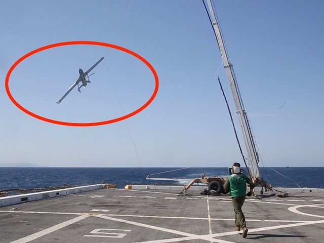 Marines can grab drones right out of the sky with this innovative 'Skyhook'
