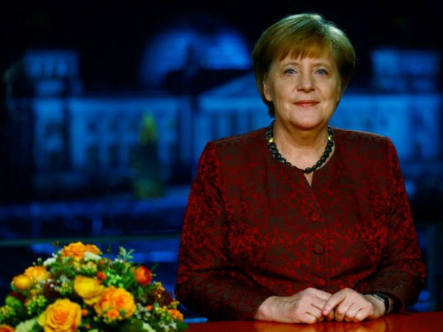 Merkel declares Europe top priority for new government