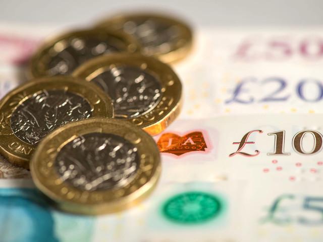 The banks offering £500 interest-free overdrafts including Lloyds, HSBC and Santander