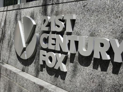 Comcast, Disney Keep Focus on 21st Century Fox Assets Despite AT&T-Time Warner Battle