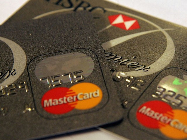MasterCard will finally stop forcing people to sign receipts