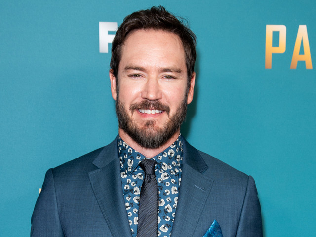 Mark-Paul Gosselaar Dated This 'Saved by the Bell' Co-Star!