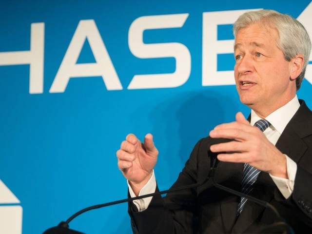 JPMorgan's digital investing tools have amassed $55 billion in assets. Jamie Dimon says 'we don't even think it's a very good product yet.' (JPM)