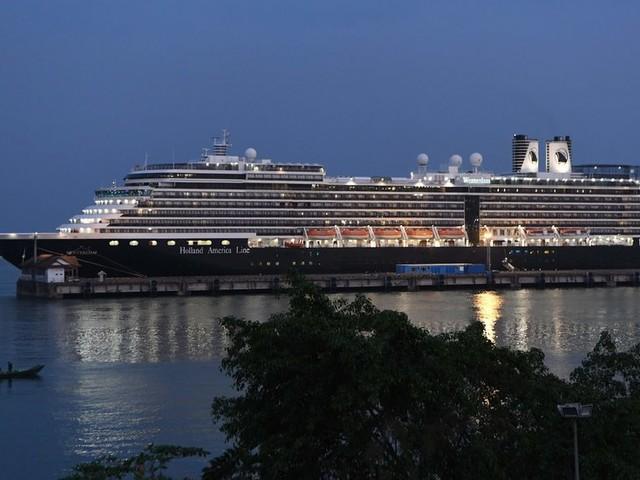 Cruise Giant Carnival Works to Manage Deepening Coronavirus Crisis